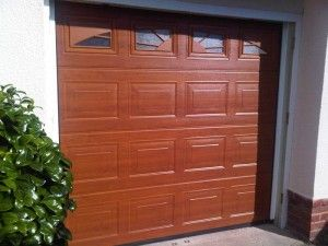 sectional-insulated-garage-door-