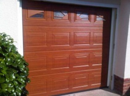 sectional-insulated-garage-door